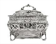 Fine Italian 925 Sterling Silver Garland And Floral Design Chased Oval Esrog Box