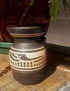Charles Smith Mobile Al. Artist Navajo Style Pot Vase Signed Sgraffitto Perfect
