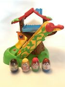 Playskool Hasbro Weebles Musical Treehouse With 4 Weebles 2009