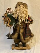 Lot Of 22 Green Santa Claus Clauses Mantle Figurines