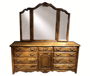 Beautiful Ethan Allen Country French Triple Dresser 26-5603 236 With Mirror