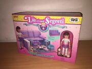 Galoob Secret Places Play Rooms Living Room In A Sofa With Dolls Mib, 1990