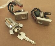 Nos 1977 To 1979 Lincoln Mark V Ignition And Door Cylinders/keys D7ly-6522050a