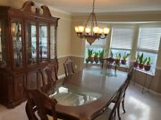 Elegant Dining Room Set Large Table W/ Glass Inserts And Lighted Buffet/hutch