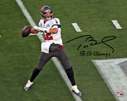 Tom Brady Tampa Bay Buccaneers Signed Lv Champions Super Bowl Photo Lv Champs