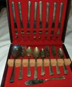 31pcs National Silver Company Epns Silverplate Flatware In Box Needs Polished