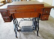 Old Antique Treadle Paragon Standard Sewing Machine Co 1899-1910 Serial 51097