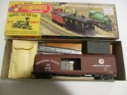 Roundhouse Northern Pacific Boxcar Plus Extra Parts Box 5020