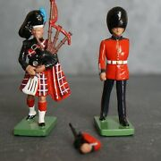 Vintage Britain Cast Iron Lot - Toy Soldier Scots Gaurds Bagpiper Piper 1990