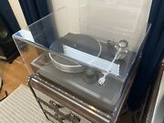 Vpi Classic 30th Anniversary 10.5 Arm In Black Turntable- No Cart-w/ Dust Cover