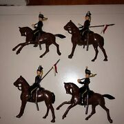 4 Vintage Britains Lead Toy Soldier 9th Lancers And Brown Horse 100 Original Nos