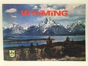 1967 Sandh Green Stamps Wyoming Travel Tour Brochure Land Of Mountains And Valleys