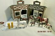 Horse Stable Brown Plastic Folding Barn And 7 Toymajor Rubber Horses Toy Figurines