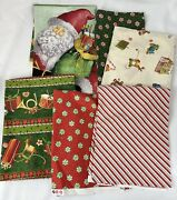 Christmas Fabric Old Fashion Santa Claus Lot Of 6 Pieces Crafts Quilt Sewing Z2