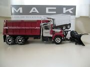 First Gear - Mack R-model Dump Truck With Snow Plow / Chains - 1/34 Diecast