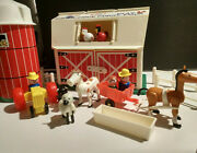 Vintage Fisher Price Little People Family Farm Barn Play Set 915 Year 1967