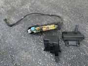 1998-2005 Lexus Gs300 Oem Fuse And Relay Boxes Engine Bay Cut Off From Harness