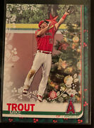 2019 Topps Holiday Mike Trout Hw31 Red Star Jumping Sp Rare