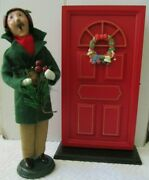 Red Wooden Door Accessory Scenery For Your Byers Choice Caroler Display Ex Cond