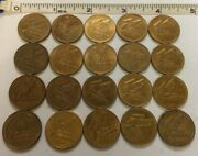 4005 - Lot Of 20 7up - A And A Vending Tokens - Free Shipping To Canada And Usa