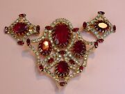 Hattie Carnegie Vintage 1960s Gold-plated And039moghuland039 Brooch And Earrings Suite