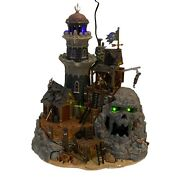 Lemax Spooky Town Isle Of Doom Lighthouse 45002 Retired 2004 Rare