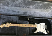 Fender Stratocaster Left-handed Electric Guitar Exceptional Condition