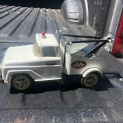 1960 Tonka Pressed Steel Aa Wrecker Tow Truck No. 18 W Tow Hook And Chain Nice