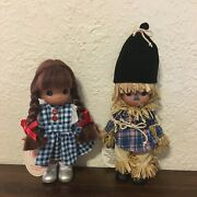 """2 Precious Moments Wizard Of Oz Dolls Dorothy And Scarecrow Set 7"""" Collectible"""