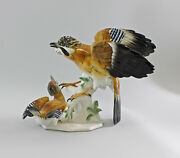 9997817 Porcelain Figure Big Jay Group With Young Bird Ens 9 13/16x13 3/8in