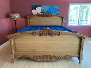 Oakwood Interiors Versailles King Chateau Panel Bed Carved Oak Excellent Usa