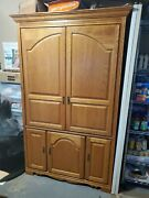 Broyhill Tv Armoire/entertainment Center. Excellent Used Condition.