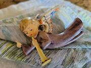 Goebel Hummel Nativity Flying Angel 366/0 Small 3 And A Quarter Inches