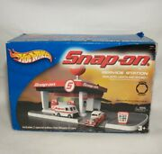 Snap-on Tools Hot Wheels Service Station, Pre-owned, Good / Very Good Condition