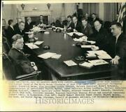 1961 Press Photo President Kennedy And Vice President Johnson Meet With Cabinet