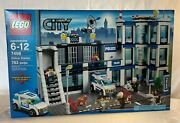 Lego 7498 -city - Police Station - New In Factory Sealed Box