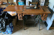 1910 Singer Sewing Machine W/ Oak Treadle Cabinet And Includes Accessories