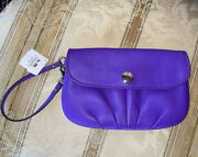 Coach Leather Large Wristlet Ultraviolet Z50784 Svafh Pleated New