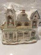 Christmas Colonial Village By Lefton-brookfield-limited And 3774/5500