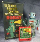Masudaya R-35 Electric Remote Control Battery Operated Robot Japanese Tin Toy