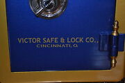 Victor Safe And Lock Co Lettering Decal Emblem Or Sticker