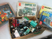 Vintage 1970and039s Large Lot Of Amt 1/25 Semi Truck Model Kit Parts Movinand039 On