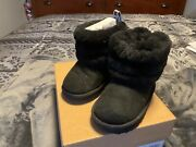 Kids Uggs T Fluff Mini Quilted Black Size 7