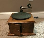 Vintage Victor Victoria Talking Machine Record Co Player Style Vv-iv