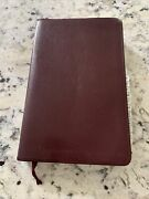 Niv Thinline Reference Bible - Leather Bound By Zondervan Indexed