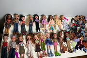 Huge Bratz Dolls And Clothing/accessories Lot