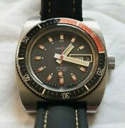 Caravelle By Bullova 666 1975 Automatic Diver Day Date 39mm Watch