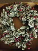Holiday Frosted Pine 24 Wreath New