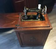 Antique Singer Sewing Machine 1921 Oak Cabinet Treadle Powered Working Ab244015