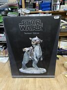 Sideshow Star Wars Tauntaun Deluxe 1/6th Scale New
